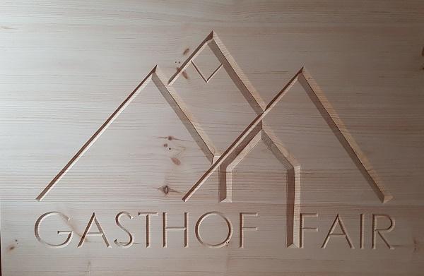 Houten bord met logo